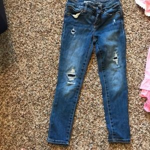 Loved these gap distressed denim jeans!